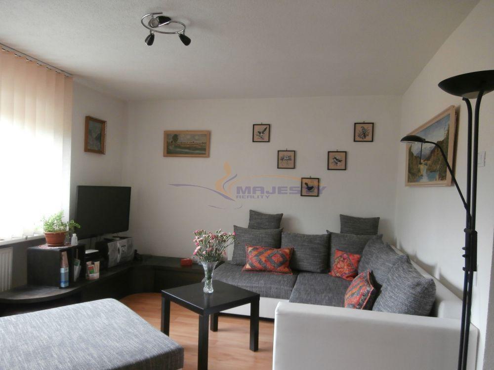 2-izb. tehlový byt s garážou vo Vysokých Tatrách